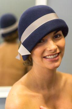 Chapeau cloche Mademoiselle Joséphine : Chapeau, bonnet par sofimilli-faiseuse-de-mode-et-fantaisienne
