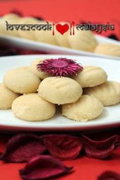 Almond Sugee Cookies