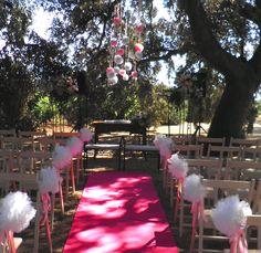Ceremonia civil   con pompones en Hoya de Cadenas. Deco Petty Perez-Manglano//Decoracion floral