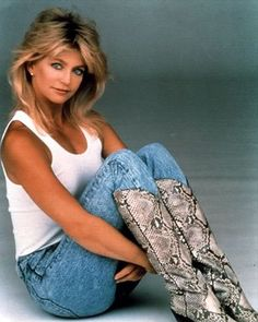 Goldie Hawn ~ I've always liked her - mainly cause my Aunt Margie looks like her, and I love my Aunt Margie!