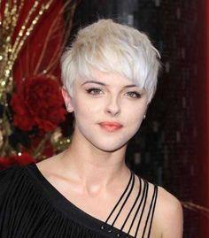 Agyness Deyn with a pixie haircut - Reny styles