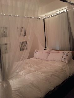 Diy canopy bed! Cost 45 dollars. I want to try this with the embroidery hoop idea. Hmmm. . .