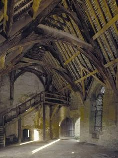 Interior View of the Hall, Stokesay Castle, Shropshire, UK-Paul Highnam-Photo Abandoned Buildings, Old Buildings, Abandoned Places, Abandoned Castles, Haunted Places, Abandoned Mansions, Ancient Buildings, Castle Ruins, Medieval Castle