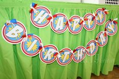 Super Heroes Birthday Party Ideas | Photo 18 of 20 | Catch My Party