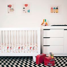 Babyletto Hudson Convertible Crib White is 25% Off during babyletto month! @Sarah Nasafi Grayce #laylagrayce #babylettomonth #hudson