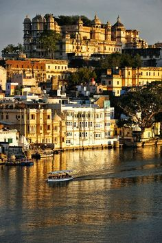 Danijela Živković - Google+ - Udaipur | India (by marc_guitard)