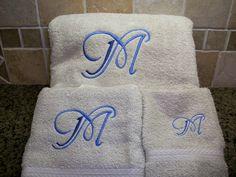 Letter bath towel set
