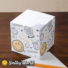 SmileyWorld® Personalized Paper Note Cube