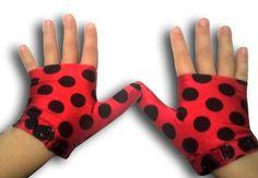 Glovey Huggey ~ Polka Dots ~ Gloves to help stop thumb sucking $29.99