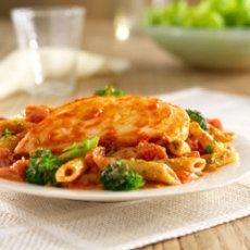 Hunt's® Tomato and Pesto Chicken