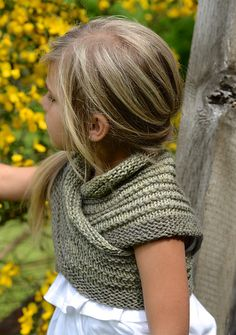 Ravelry: Bramble Shawl pattern by Heidi May