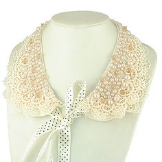 Elegent Pearl Lace Collar Necklace