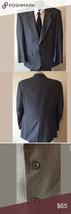 """Burberry's Saks Fifth Ave Wool Sport Coat Blazer Description: Vintage Burberry's Saks Fifth Ave Men's Gray Glen Plaid 100% Wool Sport Coat Blazer Jacket. Two button front closure.  Size: 42 R   Condition: Jacket is in excellent pre-owned condition. No rips, hole, or stains.  Measurements:   •Chest (Armpit-Armpit): 21.5""""  •Length (Bottom of Collar-Bottom): 31""""  •Sleeve (Shoulder Seam-Bottom of Cuff): 25""""  •Waist (Across Middle Button): 20.5""""  •Shoulder (Seam-Seam): 19"""" Burberry Suits…"""