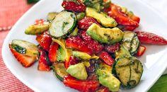 Салат изклубники савокадо. Пошаговый рецепт с фото на Gastronom.ru