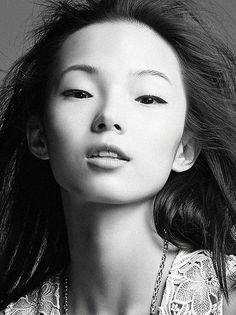 Xiaowen Ju by Liang Zi (Grazia China)