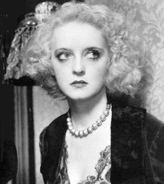 Bette Davis in Of Human Bondage