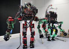 「SCHAFT(シャフト)」の等身大ヒト型ロボット
