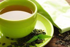 SOUND: http://www.ruspeach.com/en/news/13074/     Зелёный чай -  чай, подвергнутый минимальной ферментации. Зелёный и чёрный чай получают из листьев одного и того же чайного куста, однако различными способами. Родиной зелёного чая является Китай. Он популярен в Азии, в Японии, Корее, на Ближнем Востоке. Зелёный чай является более мощным антиоксидантом, чем чёрный чай.    Green tea - the tea subjected to the minimum fermentation. Green and black tea is received from leaves of