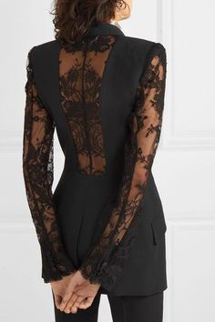Alexander McQueen - Satin-trimmed grain de poudre and lace blazer - - Suit Fashion, Runway Fashion, Fashion Dresses, Fashion Looks, Womens Fashion, Emo Fashion, Mode Mantel, Lace Blazer, Looks Chic