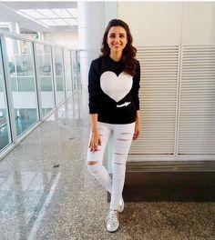 All we can say is, we have all hearts for this look! Jumper by Mayur Girotra. Shop this look on Huew. Mode Bollywood, Bollywood Girls, Bollywood Stars, Bollywood Fashion, Bollywood Actress, Parneeti Chopra, Western Outfits, Western Wear, Priyanka Chopra