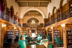 The Tower Room at the Baker-Berry Library on Dartmouth College's campus. Dartmouth University, College Library, College Campus, British Architecture, Architecture Design, College Aesthetic, Night School, Dream School, Ideas