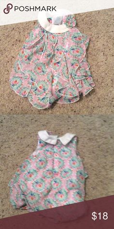 Baby dress Very sassy little romper that looks like a dress. Dresses Casual