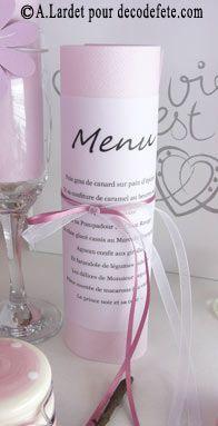 Serviette permettant de présenter le menu de mariage http://www.decodefete.com/serviettes-jetables-presto-rose-p-988.html