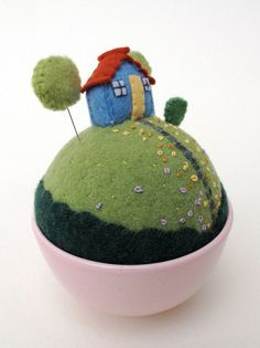 pincushion - too cute!