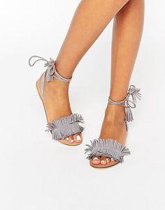 ASOS | ASOS - FLASHY - Sandali scamosciati con lacci sulla gamba e frange