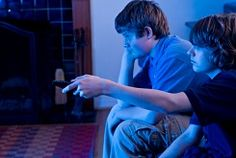 According to the Nielsen Company, the average kid watches approximately four hours of television per day. When you add in computer, tablet and cell phone usage, the amount of screen time goes up to about 53 hours per week. The Mayo Clinic in Rochester, MN has said that excessive screen time is a contributor to childhood obesity and reduces kids' ability to focus.