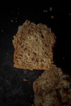 Le meilleur cake de la terre c'est lui. Yotam Ottolenghi, Ottolenghi Recipes, Pavlova, Veggie Recipes, Cake Recipes, Veggie Food, Cheesecakes, Chefs, Pastries