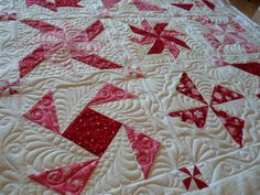 Fourseasonsquiltswap - Margaret AKA Supermom - very pretty custom quilting