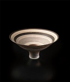 ** LUCIE RIE Flaring footed bowl, circa 1980