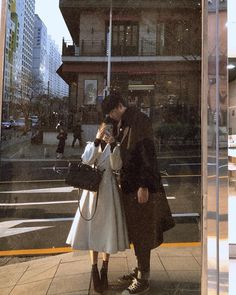 Couple Aesthetic, Beige Aesthetic, Relationship Goals Pictures, Cute Relationships, Couple Avatar, The Love Club, Teen Romance, Korean Couple, Ulzzang Couple