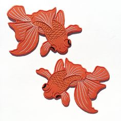 "☆ Japanese Koi - The Pair ☆  These tattoo style patches will look great on fashion accessories, you can also create jewelry or hair accessories with it!  This listing is for TWO (2) patches that you can either apply by ironing or sewing.  Size: 4 (10cm) x 3 (8cm)  ****** How to iron-on? Super Easy! ****** 1. Please verify the care instructions on the label of your item to make sure it can be ironed. 2. Set iron temperature to ""cotton"". 3. Place patch on garment. (Careful! There is no turning…"