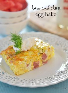 This Ham and Cheese Egg bake is super simple to make, is light and fluffy, and is great for entertaining or just a lazy Sunday brunch. @lovemysilk