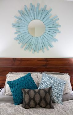 Sgt. Pepper's Kitchen: DIY Starburst Mirror. Similar to the grey I did, but more layers. Master? Craft night?