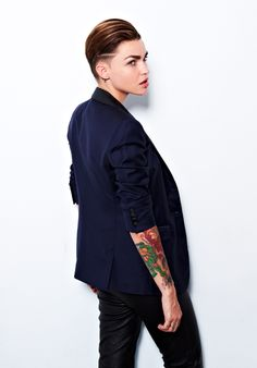 Ruby Rose in that hair style>>>too cool