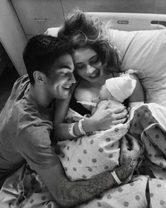 Emery s birth hope u like this edit I ve done really Couple Goals, Cute Couples Goals, Family Goals, Relationship Goals Pictures, Cute Relationships, Relationship Quotes, Cute Family, Baby Family, Cute Baby Pictures