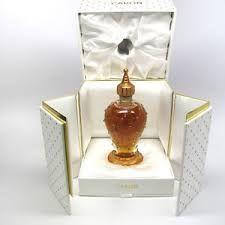 Resultado de imagen para envases de perfumes raros