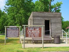 Calaboose for desperadoes, ruffians, robbers and horse thieves -    On the Santa Fe Trail in Council Grove, Kansas.