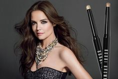 Katie Holmes is boasting big, sexy hair in this @TheCut article & we couldn't be more obsessed!