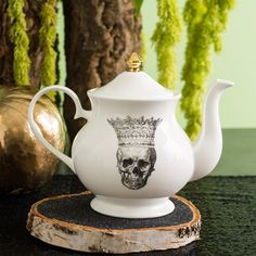 Skull in Crown bone china teapot by Melody Rose www.melodyrose.co.uk