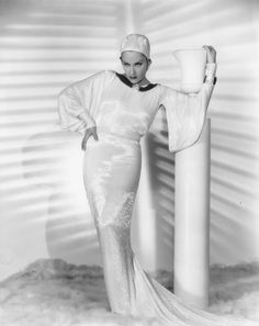Gloria Swanson ~ (1899 – 1983)