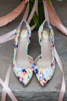 Colorful wedding shoes. Vince Camuto.
