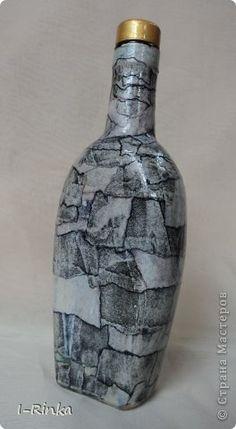 Имитация камня. Галерея. Waste Bottle Craft, Glass Bottle Crafts, Bottle Vase, Bottles And Jars, Art And Craft Videos, Diy Arts And Crafts, Vases, Leftover Wine, Altered Bottles