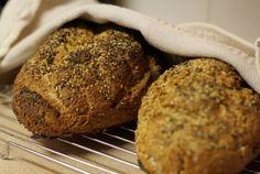 Tips and Tricks for Baking Homemade Bread: Understanding Basic Breadmaking Techniques Bread Baking, Baking Soda, Soda Bread, Some Recipe, Cooking Tips, Banana Bread, Bakery, Homemade, Desserts