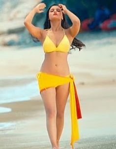 Alia Bhatt Hot Bikini Photos in Student of the Year Movie - Indian women Hot Wallpapers