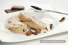 Puni okus nougata, gorke čokolade i dašak likera od lješnjaka daje ovom semifreddu posebno mjesto među slasticama. Svakako za posebne trenutke.