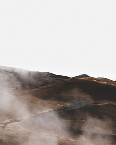 Far reaches IV, the north. An exploration series with my pals @icelandair. Standing amongst the steam can sometimes be a sensory overload. The memorable smells, the warm damp air, the pastel landscape, always such a unique vibe. #mystopover